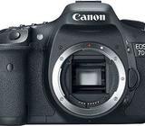 Canon Camera 7D EOS (Body only )
